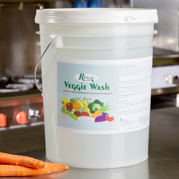 Regal Veggie Wash Fruit and Vegetable Rinse - 5 Gallon Pail Safely and effectively clean your fresh vegetables and other produce with Regal Veggie Wash. Agricultural pesticides and waxes are developed to be water-resistant so that they aren't washed away during periods of rain and irrigation. Therefore, simply rinsing your produce with water won't always do the trick. Vegetable wash will help to ensure that all surface preservatives, agricultural chemicals, waxes, soil, and other contaminants are eliminated. From cucumbers and tomatoes to apples and strawberries, Regal Veggie Wash is the ideal solution for all of your produce cleaning needs. Made in America Orthodox Union Kosher: This item is certified Kosher by the Orthodox Union. Comes in a 5 gallon pail container.