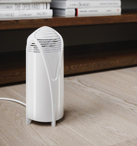 Airfree T Air Purifier Airfree T is the perfect air purifier for small rooms. With a compact and modern design, this model offers the same performance and efficiency as Airfree's other series, but doesn't take up vital space in any room. Suitable for spaces up to 180 ft². Airfree's air purifiers are maintenance-free and operate in complete silence to eliminate the main agents that cause allergies and respiratory diseases, asthma and hay fever. They get rid of up to 99.99% of bacteria, fungi, viruses, pollen, pet allergens, dust mite allergens and other organic air pollutants. Made in Portugal